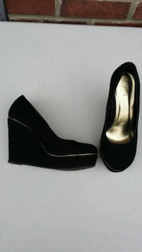 VELVET PLATFORM SHOES - PERFECT FOR THE HOLIDAYS!