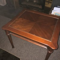 Beautiful solid wood end table with matching coffee table Port Coquitlam, V3C 4G8