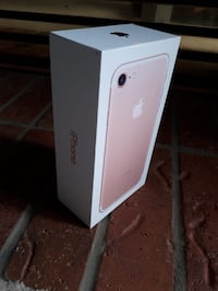 Unlocked iPhone 7 32GB Hamilton, L9A 4X5