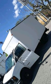 Chevy 2002  3500 dully box truck Los Angeles, 91405