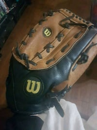 "Wilson 14"" baseball glove London, N6P 1T7"