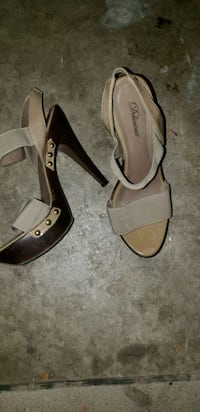 pair of brown leather open toe ankle strap heels Albuquerque, 87113