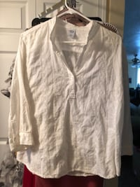 Women's White button-up eyelet cotton long sleeve shirt Hyattsville
