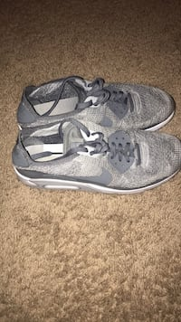 pair of gray Nike running shoes Fort Walton Beach, 32547