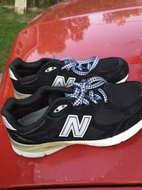 New Balance slightly used Women tennis shoes #990 Birmingham, 35208