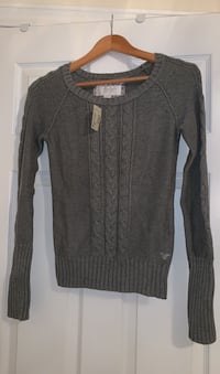 Gray cable knit sweater from American Eagle. New with tags attached.  Ajax, L1T 0K1