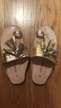 Gold Leather Sandals  New York, 10075