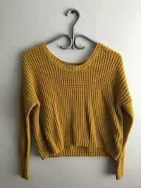 Old navy knit sweater.  Mississauga, L5N 8M3