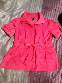 Colour is actually hot pink top or light jacket zip up style Calgary, T2M 1G7