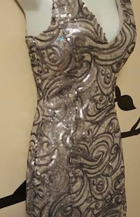New silver sequinned dress Whitby, L1N 9V5