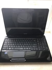 Black Toshiba laptop from 2010 Springfield, 22152