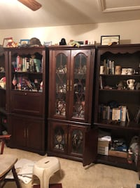 Brown wooden cabinet with shelf Las Vegas, 89102