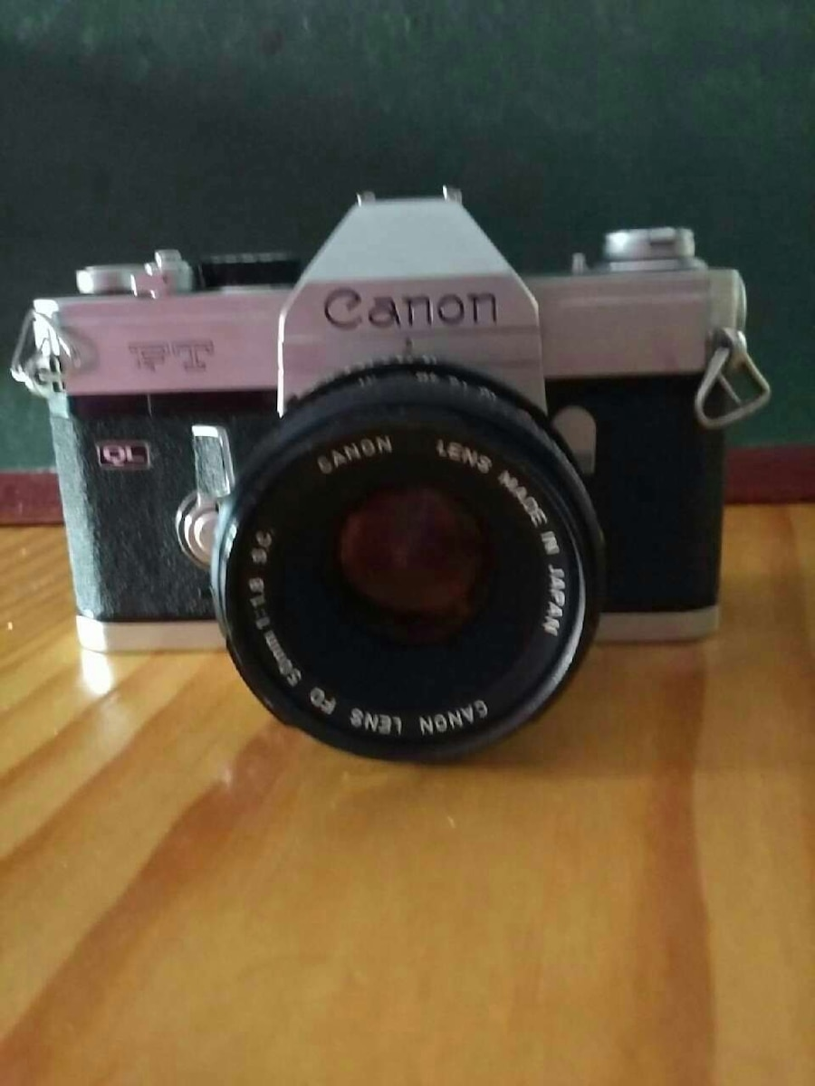 Canon FT + 50 f/1.8