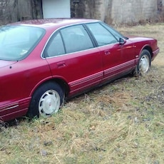 95 olds royal velour int none smoker