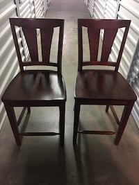 Dining Table chairs 34 mi