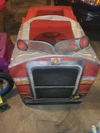 gray and red pet carrier 630 mi