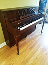 Gorgeous Console Model Upright Piano Lilburn