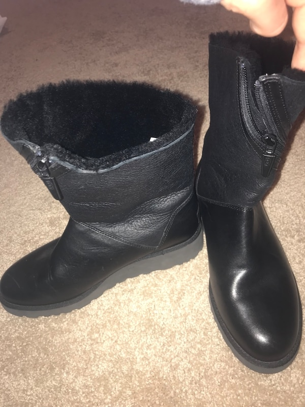 a0e47767e1b Pair of black Ugg boots size 8. Brand new, never worn :)