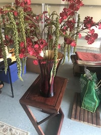Red and green vase with florals 48 km