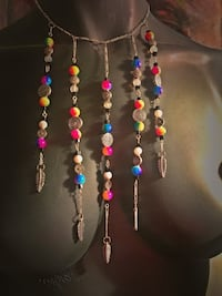 assorted color beaded necklace and bracelet Los Angeles, 91403