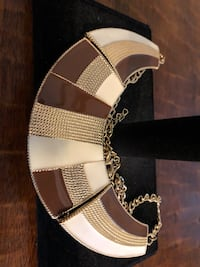 Necklace brown and white Costa Mesa, 92627