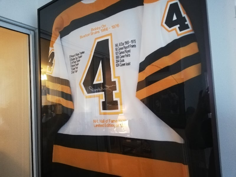 BOBBY ORR (BOSTON BRUINS) SIGNED JERSEY FRAMED - LIMITED EDITION 0