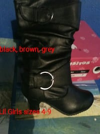 pair of black leather boots Riverside, 92505