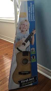 First Act discovery acoustic guitar box brand new never used. Toronto, M6G