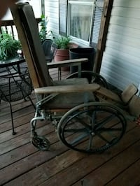 Antique wooden wheelchair  Denham Springs, 70726