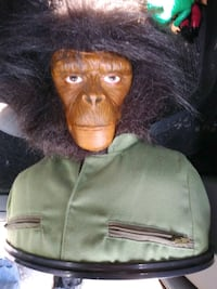 PLANET OF THE APES PLASTIC STATUE Pickering, L1V 3V7