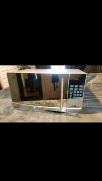 Oster Microwave 23 km