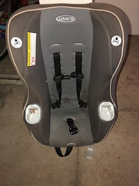 Car seat - used, good condition just needs a little cleaning Jacksonville, 32256