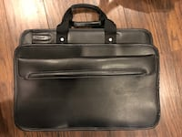 Targus laptop case briefcase Oakville, L6H 2N1