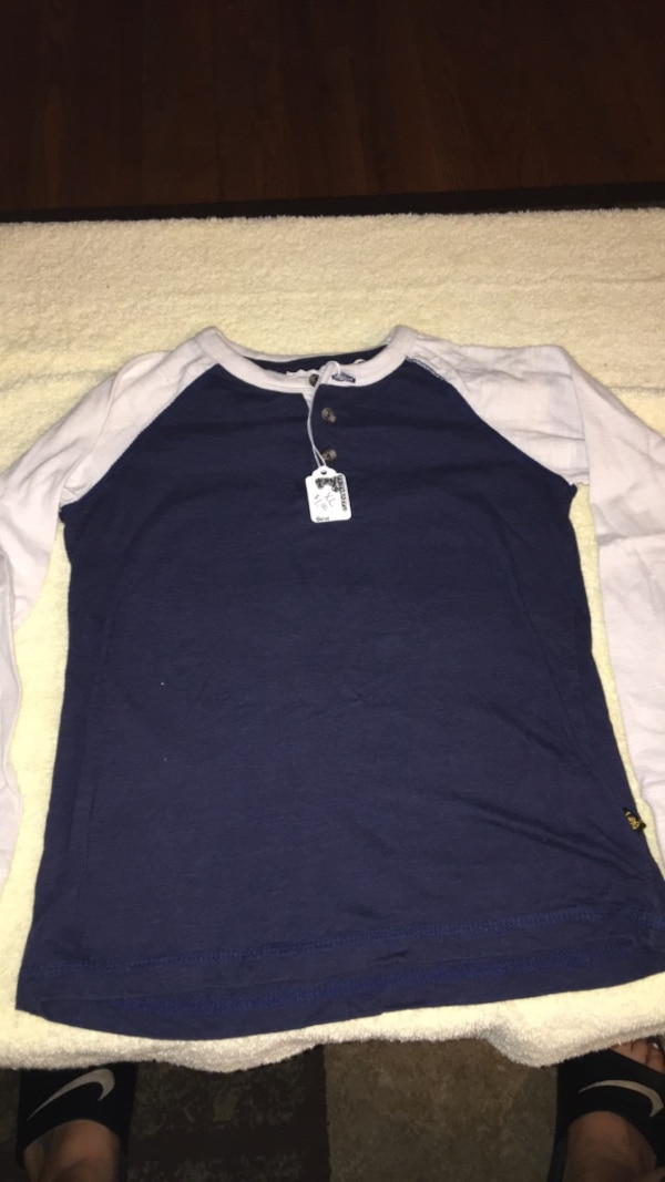 17364d14 Used size 8 shirt for sale in Machesney Park - letgo