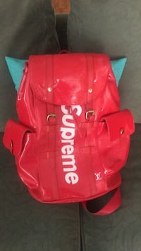 red and white Supreme backpack Memphis, 38127