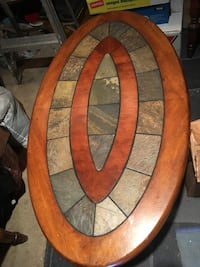 oval brown wooden framed glass top coffee table Barrie, L4M 2Z3