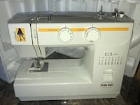 Natalie sewing machine in mint condition Alexandria, 22306