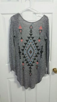 gray and red crew neck long sleeve shirt Nashville, 37211