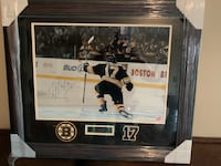 Milan Lucic autographed framed picture Burlington, 01803