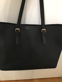 black Michael Kors leather tote bag Markham, L3P 3E2