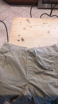 Khaki drawstring shorts From Gap Oklahoma City, 73120