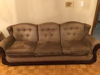 Brown Sofa, used in great condition, solid wood  Vaughan, L4L 5T5