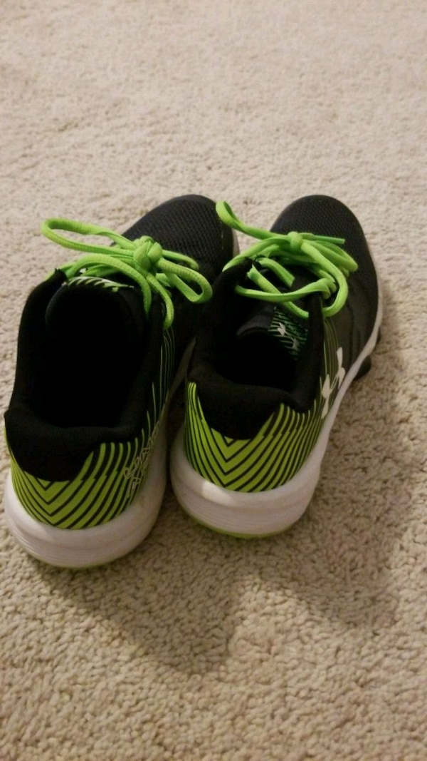2837fa38145a70 Used pair of green-and-black Under Armor running shoes for sale in Kathleen