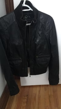 Brand new real leather jacket never worn black size L