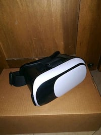 VR headset for a phone