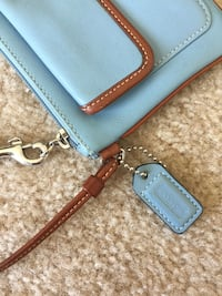 Coach wristlet / purse 2 km