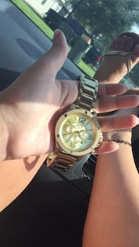 Gold Armani exchange watch Clermont, 34711