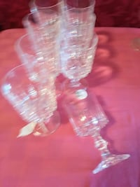 $16 for 8 crystal glasses Edmonton, T5P 0P3