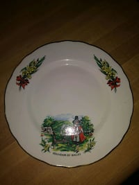 Collectable Souvenir of Wales Plate
