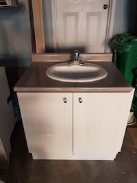 white and brown vanity sink Brampton, L6V 4P5